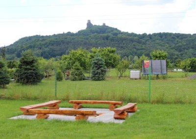 hrad Trosky od zahrady